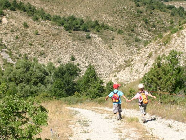 randonnees enfants camping proche orange