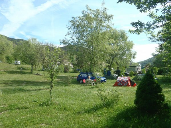 emplacement camping orange